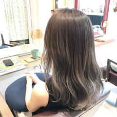 エレガント グラデーションカラー 上品 グレージュ ヘアスタイルや髪型の写真・画像