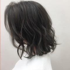 ゆるふわ 大人かわいい ナチュラル グレージュ ヘアスタイルや髪型の写真・画像