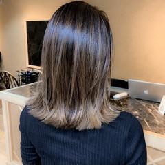 ハイトーンカラー ミディアム ハイライト ベージュカラー ヘアスタイルや髪型の写真・画像