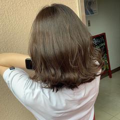 デート グレージュ 大人女子 ミディアム ヘアスタイルや髪型の写真・画像
