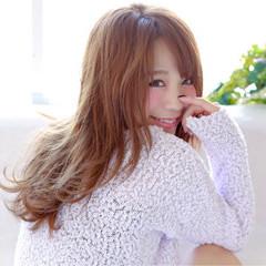 セミロング ゆるふわ 外国人風 大人かわいい ヘアスタイルや髪型の写真・画像