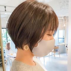オフィス デート ラベンダーグレージュ グレージュ ヘアスタイルや髪型の写真・画像