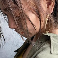 ボブ ナチュラル ミルクティーベージュ インナーカラー ヘアスタイルや髪型の写真・画像