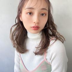 ガーリー 大人かわいい セミロング インナーカラー ヘアスタイルや髪型の写真・画像