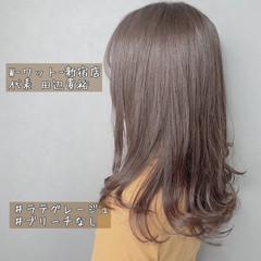 グレージュ ナチュラル ショートボブ アンニュイ ヘアスタイルや髪型の写真・画像