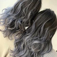 バレイヤージュ アッシュグレージュ 簡単スタイリング ロング ヘアスタイルや髪型の写真・画像