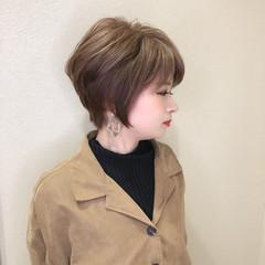 イルミナカラー 大人ハイライト ハイライト デザインカラー ヘアスタイルや髪型の写真・画像