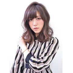外国人風カラー ゆるふわ グレージュ アッシュ ヘアスタイルや髪型の写真・画像