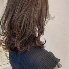 ハイライト 白髪染め ミディアム ウルフカット ヘアスタイルや髪型の写真・画像