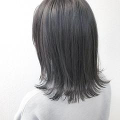 アッシュグレージュ 外国人風カラー グレージュ モード ヘアスタイルや髪型の写真・画像