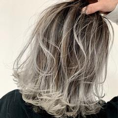コンサバ ボブ グラデーションカラー バレイヤージュ ヘアスタイルや髪型の写真・画像