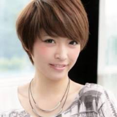 ショート ストリート 卵型 丸顔 ヘアスタイルや髪型の写真・画像