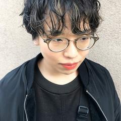 ナチュラル 黒髪 刈り上げ女子 無造作パーマ ヘアスタイルや髪型の写真・画像