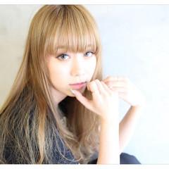 レイヤーカット ヘアアレンジ ロング 透明感 ヘアスタイルや髪型の写真・画像