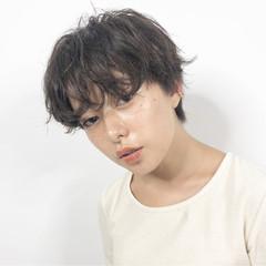 ベリーショート 小顔ショート ナチュラル ハンサムショート ヘアスタイルや髪型の写真・画像