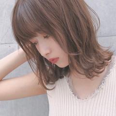 ミディアム アンニュイほつれヘア デート デジタルパーマ ヘアスタイルや髪型の写真・画像