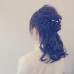セミロング 愛され ハーフアップ ヘアアレンジ ヘアスタイルや髪型の写真・画像