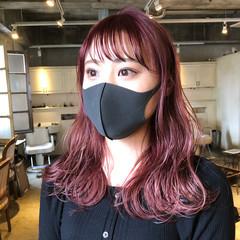 フェミニン インナーカラー ショートヘア ベリーショート ヘアスタイルや髪型の写真・画像