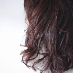 パーマ ナチュラル セミロング ゆるふわ ヘアスタイルや髪型の写真・画像
