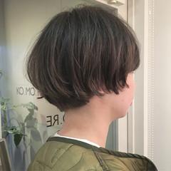 ショート 外国人風 グレージュ ニュアンス ヘアスタイルや髪型の写真・画像