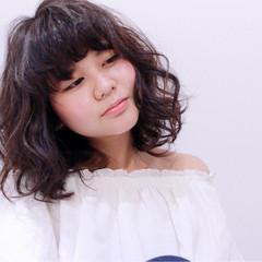 ラフ 外国人風カラー アッシュ ルーズ ヘアスタイルや髪型の写真・画像