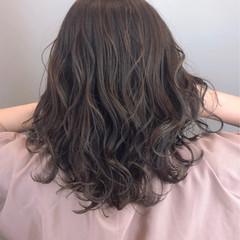 透明感 パーマ 大人可愛い 大人女子 ヘアスタイルや髪型の写真・画像