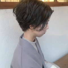 オリーブアッシュ オリーブベージュ オリーブブラウン オリーブカラー ヘアスタイルや髪型の写真・画像