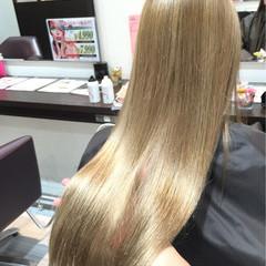 ブリーチ ハイトーン ガーリー 外国人風 ヘアスタイルや髪型の写真・画像