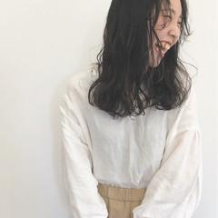 黒髪 ロング 大人女子 ウェーブ ヘアスタイルや髪型の写真・画像