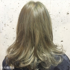 フェミニン 外国人風 コンサバ ゆるふわ ヘアスタイルや髪型の写真・画像
