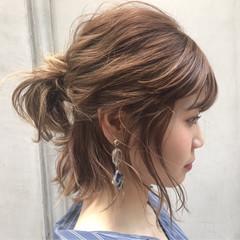 女子会 デート インナーカラー ナチュラル ヘアスタイルや髪型の写真・画像