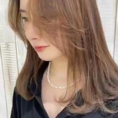 セミロング トリートメント 縮毛矯正 髪質改善 ヘアスタイルや髪型の写真・画像