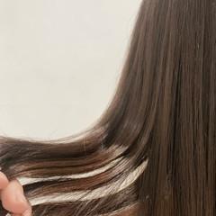 ロング ラベージュ ヌーディベージュ ラベンダーグレージュ ヘアスタイルや髪型の写真・画像