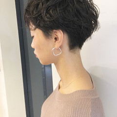 女子力 簡単ヘアアレンジ アウトドア オフィス ヘアスタイルや髪型の写真・画像