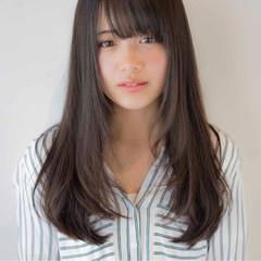 アッシュ ストレート ガーリー 前髪あり ヘアスタイルや髪型の写真・画像