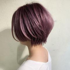 ピンクパープル ショートヘア ショートボブ 小顔ショート ヘアスタイルや髪型の写真・画像