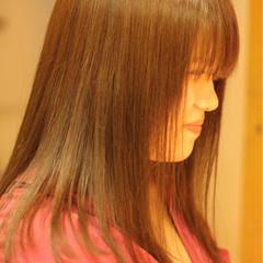 愛され セミロング 透明感 艶髪 ヘアスタイルや髪型の写真・画像