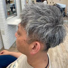 メンズ パーマ メンズスタイル メンズカット ヘアスタイルや髪型の写真・画像