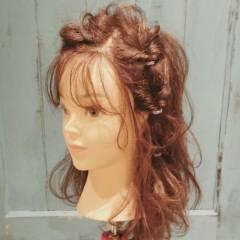 ガーリー ナチュラル ストリート 大人かわいい ヘアスタイルや髪型の写真・画像