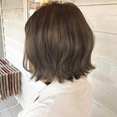 ナチュラル オリーブベージュ オリーブグレージュ ショートヘア ヘアスタイルや髪型の写真・画像