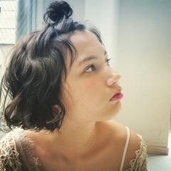 ウェーブ 簡単ヘアアレンジ ヘアアレンジ ナチュラル ヘアスタイルや髪型の写真・画像