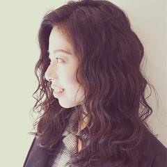 大人女子 ハイライト パーマ 小顔 ヘアスタイルや髪型の写真・画像