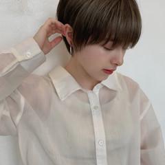 ショートボブ ショートヘア ナチュラル ベリーショート ヘアスタイルや髪型の写真・画像