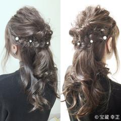 ヘアアレンジ セミロング ハーフアップ 結婚式 ヘアスタイルや髪型の写真・画像