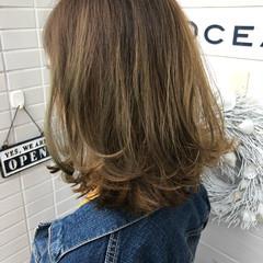 ストリート バレイヤージュ 外国人風 切りっぱなし ヘアスタイルや髪型の写真・画像