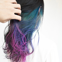 ゆるふわ デート インナーカラー ストリート ヘアスタイルや髪型の写真・画像