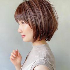 外ハネボブ デート アンニュイほつれヘア ショート ヘアスタイルや髪型の写真・画像