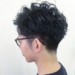ボーイッシュ ショート ブルーアッシュ 暗髪 ヘアスタイルや髪型の写真・画像