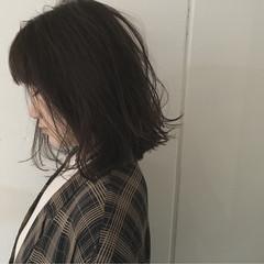 前下がり 抜け感 アッシュ ストリート ヘアスタイルや髪型の写真・画像