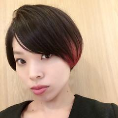 黒髪 インナーカラー レッド 暗髪 ヘアスタイルや髪型の写真・画像